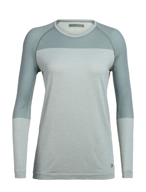 Womens Cool-Lite™ Motion Seamless Long Sleeve Crewe The Motion Seamless Long Sleeve Crewe is a lightweight and technical women's merino wool training base layer with incredible breathability, stretch, and wicking performance.