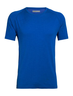 Mens Cool-Lite™ Motion Seamless Short Sleeve Crewe The Motion Seamless Short Sleeve Crewe is a lightweight and technical men's merino wool training base layer with incredible breathability, stretch, and wicking performance.