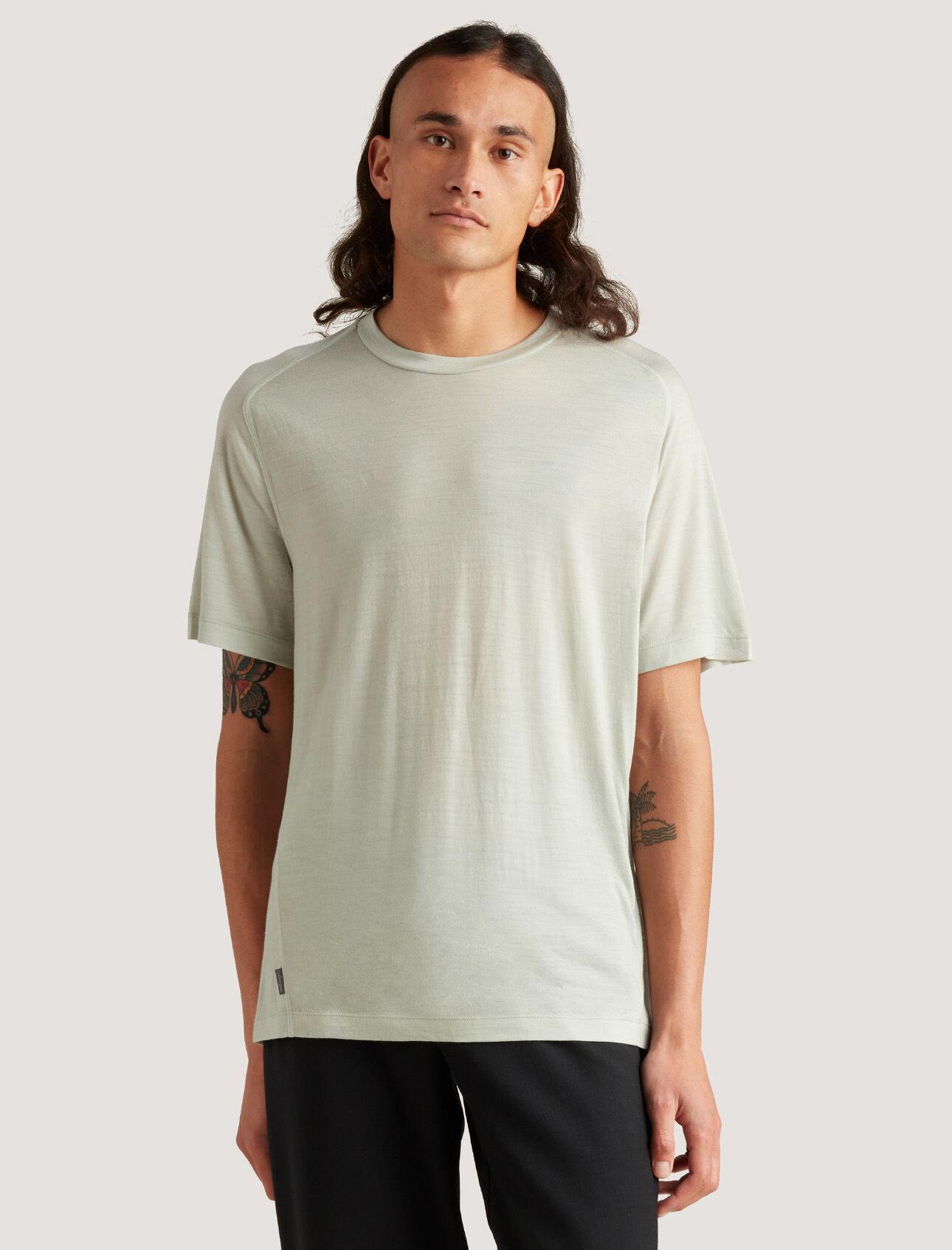 icebreaker城市系列Cool-lite™美丽诺羊毛旅行T恤
