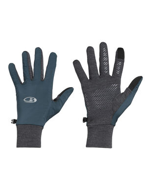 Unisex Tech Trainer Hybrid Gloves The Tech Trainer Hybrid Gloves are the ultimate cold-weather training gloves, with zoned panels for protection, silicone grip on the palms and touchscreen fingertips.