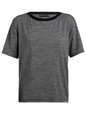 Womens 旅 TABI Luxe Lite laidback Short Sleeve Crewe Stripe A relaxed-fit women's merino wool T-shirt for travel and everyday style, the Luxe Lite laidback Short Sleeve Crewe Stripe is part of our 旅 TABI collection, a collaboration with Japanese apparel house GOLDWIN.