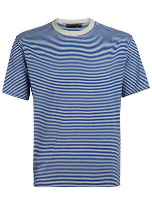 Mens 旅 TABI Luxe Lite laidback Short Sleeve Crewe Stripe A relaxed-fit men's merino wool T-shirt for travel and everyday style, the Luxe Lite laidback Short Sleeve Crewe Stripe is part of our 旅 TABI collection, a collaboration with Japanese apparel house GOLDWIN.