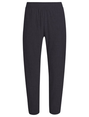 Womens 旅 TABI RealFLEECE® Wide Tapered Pants A relaxed women's merino stretch pant designed by Japanese apparel house GOLDWIN and made with our RealFLEECE® merino wool fabric that's breathable, comfortable and odor-resistant, the RealFLEECE® Wide Tapered Pant is perfect for weekend down time.