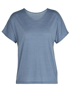 Womens Cool-Lite™ Merino Reversible Short Sleeve T-Shirt A versatile merino-blend tee that offers the style of both a V-neck and a crew neck, the Cool-Lite™ Reversible Short Sleeve is made with our soft and breathable Cool-Lite™ fabric.