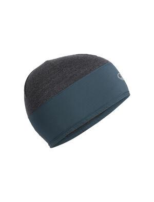 男女通用 Tech Trainer Hybrid冷帽 Tech Trainer Hybrid冷帽以富有弹性的Cool-Lite™美丽诺羊毛平纹针织面料搭配梭织叠加层提供格外防护,这款高度透气的分区冷帽非常适合在高强度运动时佩戴。