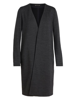 Womens 旅 TABI Tech Coat A modern women's merino wool jacket with a longer length, the Tech Coat features a soft and stretchy blend of merino and Lycra® for cold days in the city.