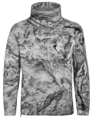 Unisex MerinoLoft™ IB Glacier Long Sleeve Pullover Sweater Justin Brice Guariglia, a New York City based artist and photographer known for his work addressing climate change, has partnered with icebreaker. The icebreaker x Justin Brice Guariglia collection features Guariglias remarkable pictures of Greenlands melting glaciers.Inspired by people with purpose, icebreaker provides a platform to raise greater awareness and visibility of the crisis our natural world is facing.  Find out more