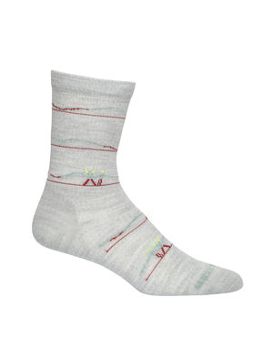 Damen Merino Lifestyle Ultralight Crew Ski Socks Backcountry Ultraleicht, weich und atmungsaktiv für Alltagskomfort, die Lifestyle-Socken Ultralight Crew Backcountry Ski sind aus einer stretchigen und luxuriösen Merinomischung mit verstärktem Fersen- und Zehenbereich gefertigt.