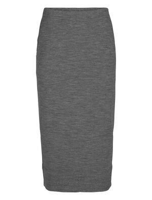 Womens RealFleece® Merino Tight Skirt A casual mid-length skirt in a straight-cut fit made with our soft and stretchy merino terry fabric, the RealFleece® Tight Skirt feels exceptionally soft next to your skin.