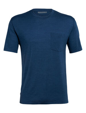 Mens Merino Nature Dye Drayden Short Sleeve Pocket Crewe T-Shirt  Featuring our highly breathable Cool-Lite™ fabric and dyed using natural, sustainably sourced plant pigments, the Nature Dye Drayden Short Sleeve Pocket Crewe is a casual yet conscious everyday T-shirt.