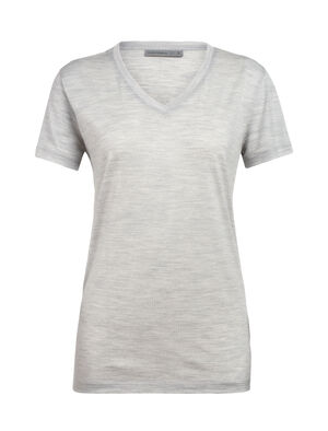 Womens Ravyn Short Sleeve V A classic womens merino wool V-neck T-shirt ideal for everyday layering comfort, the Ravyn Short Sleeve V features our jersey corespun fabric.