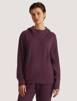 Womens Merino Hoodie The warm and breathable Merino Hoodie is perfect for life on the move - across town or time zones. In naturally odor-resistant merino, it includes a handy kangaroo pocket that folds into a travel pillow.