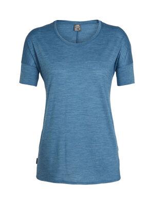 女款 Cool-Lite™ Solace短袖中低圆领上衣 Solace短袖中低圆领上衣由美丽诺羊毛和天然TENCEL®天丝混纺的Cool-Lite™面料制成,这款T恤采用经典的休闲剪裁,四季皆宜。