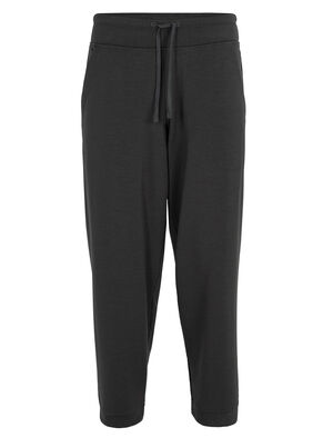 Womens Cool-Lite™ Merino Utility Explore Cropped Pants Soft and breathable merino pants perfect for everyday adventures, the Utility Explore Pants are made with our Cool-Lite™ fabric in a relaxed fit, with an ankle-grazing cropped leg for on-trend style.