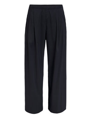 Womens 旅 TABI Persist Easy-Go Pants Loose-fitting women's merino wool pants with a durable nylon outer and breathable, odor-resistant merino next to your skin, the Persist Baggy Pants are part of our 旅 TABI collection, a collaboration with Japanese apparel house GOLDWIN.
