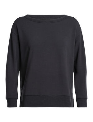 Femme 旅 TABI RealFLEECE® Long Sleeve Crewe A lightweight women's merino wool sweatshirt designed by Japanese apparel house GOLDWIN, the RealFleece® Long Sleeve Crewe is soft, breathable and naturally odor-resistant.